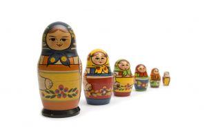 Die Matroschka-Puppe.